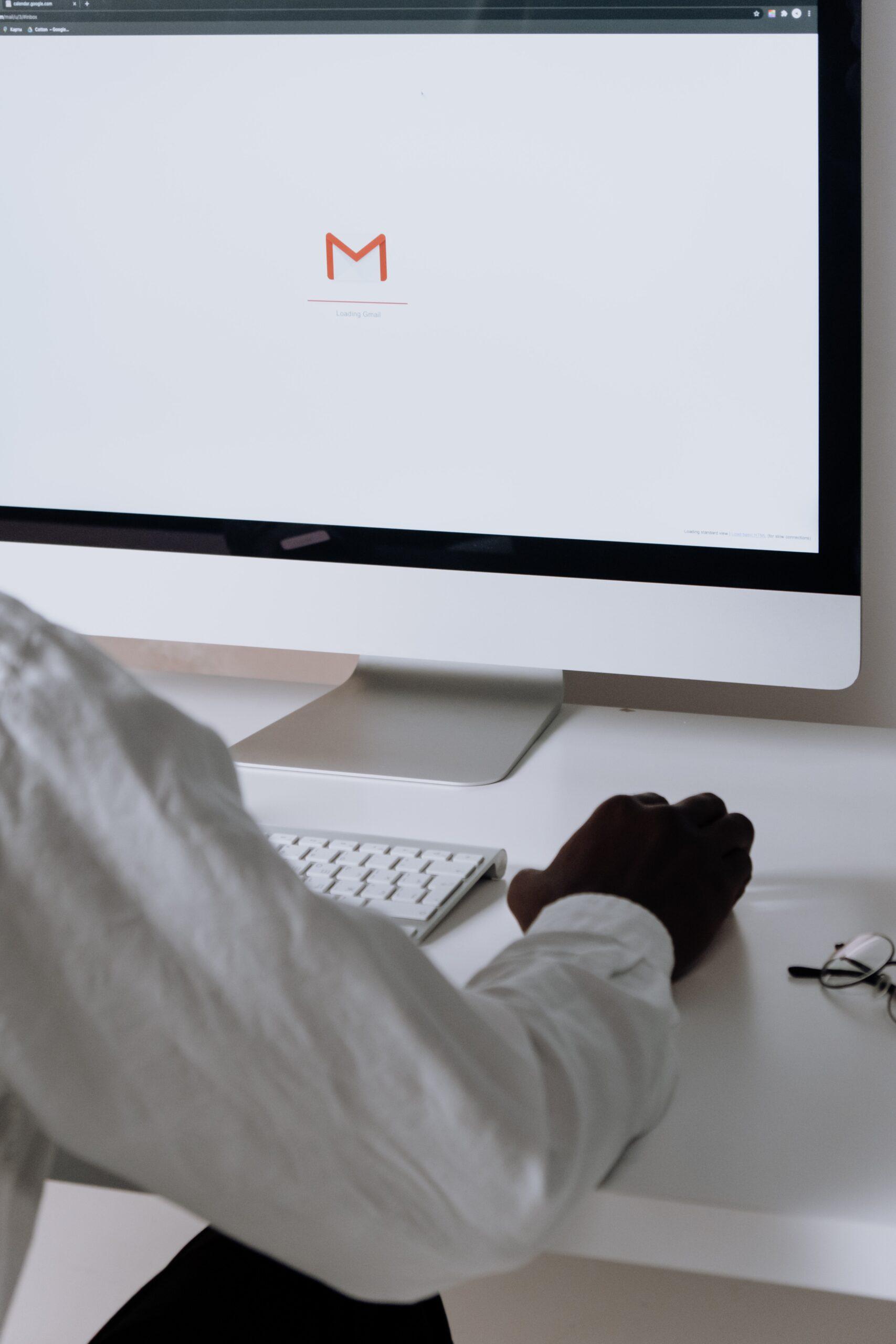 メールアドレスの発行(GMail)